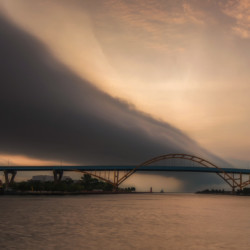 Storm cloud over the Hoan Bridge